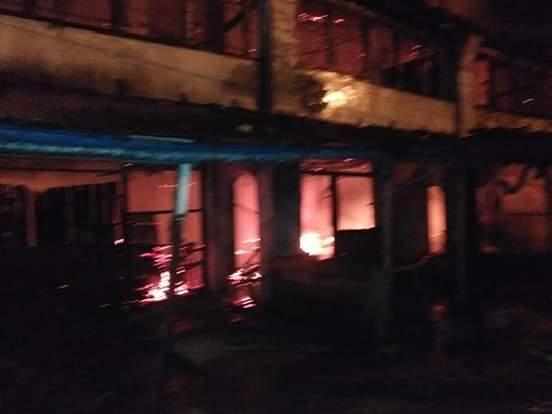 Pasar Pekong Labuhan Terbakar Lima Unit Ruko Ludes Di Lalap Api