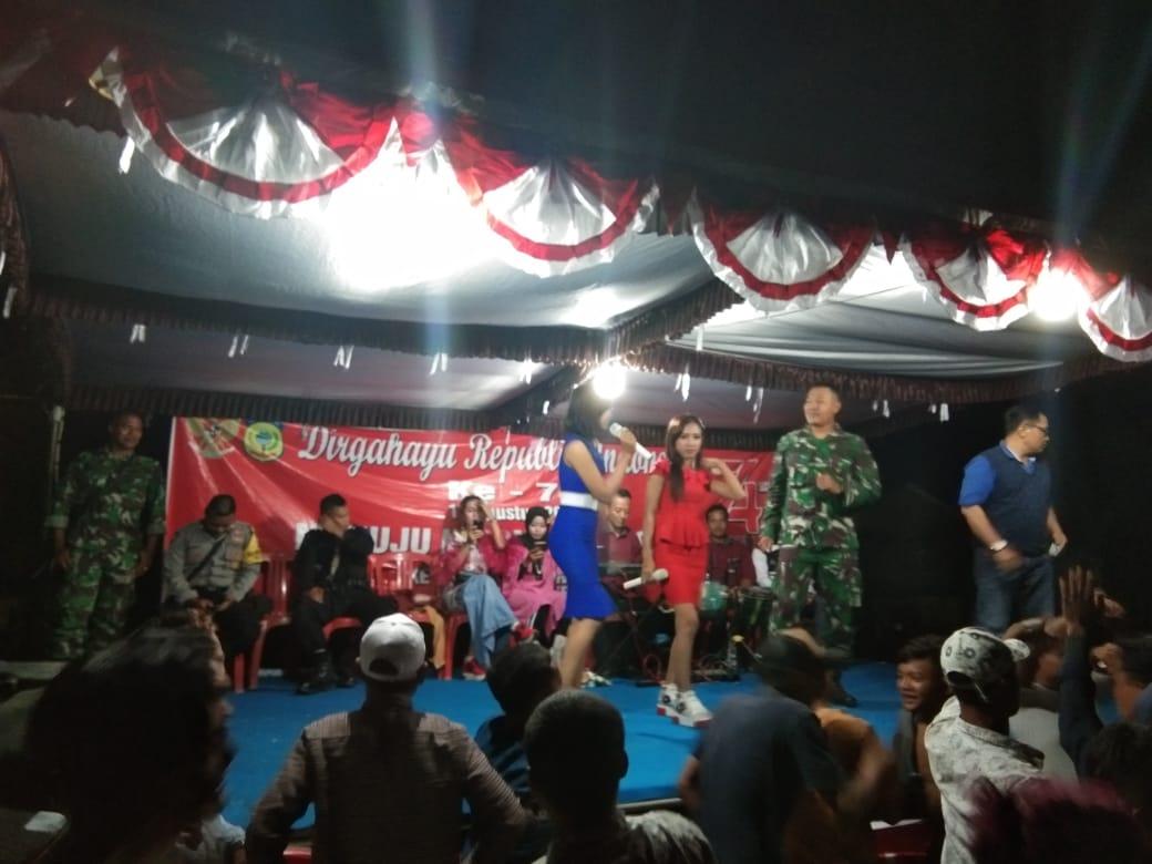 Meriahkan Hut RI Ke 74, PT HK JAYA Gelar Konser Musik di Lapangan Desa Grandeng