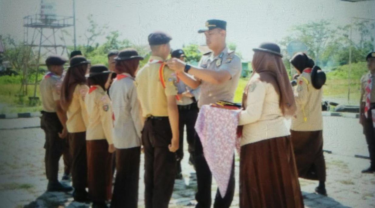 Pelantikan Pengurus Dewan Saka Bhayangkara Ranting Polsek Waeyapo