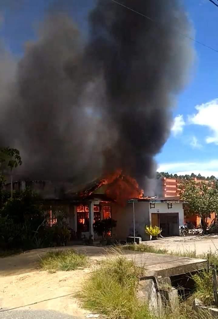 Ditinggal ke Kebun, 1 Unit Rumah di Desa Tobaku Ludes Dilalap Api