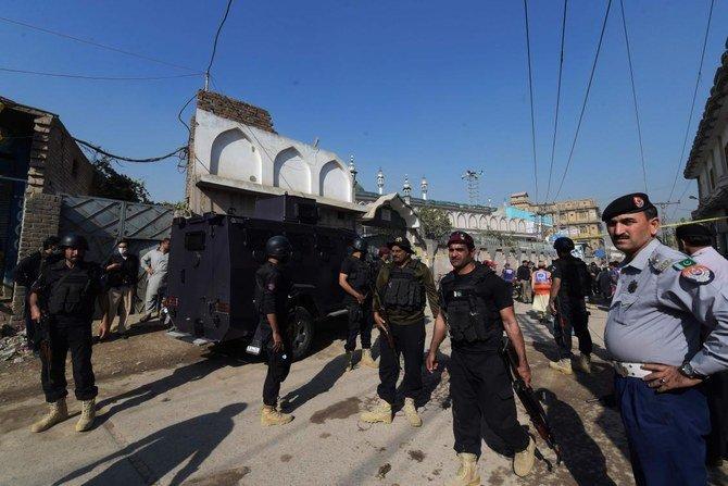 Sedikitnya 7 Orang Tewas dan lebih dari 50 orang luka-luka saat ledakan di sebuah sekolah Islam